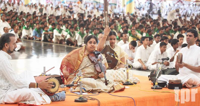 Violin Kutchery by Lalgudi Vijayalakshmi�