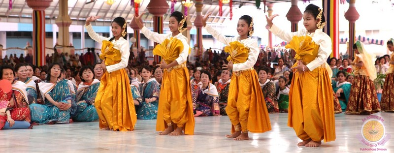 Dance and Choir light up Buddha Purnima Celebrations