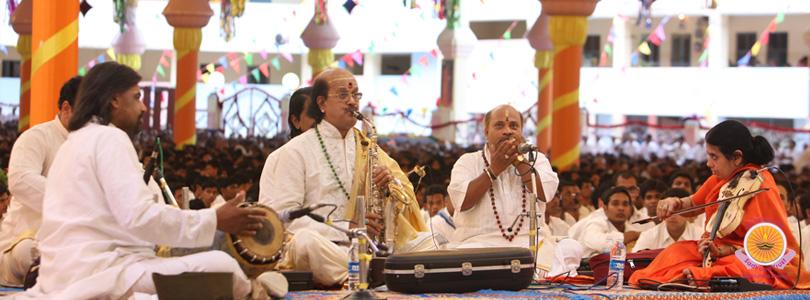 Kadri Gopal's Saxophone Offering…