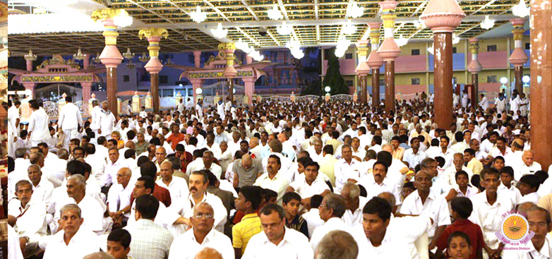 Akhanda Bhajan 2011 culminates with devotional fervour�