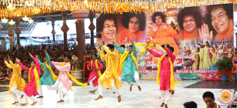Dance-Musical Offering Celebrating Holi�