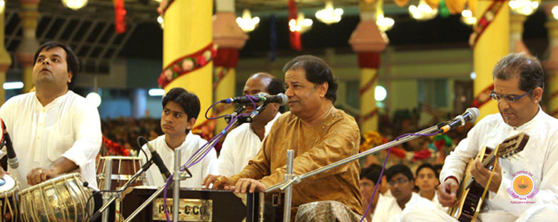 Jhoola Mahotsavam and Music Concert�