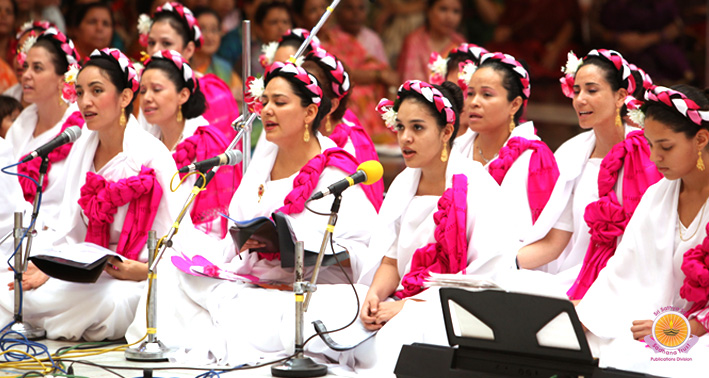Balinese Dance and Mexican Choir…