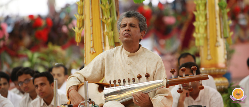 Sarod Recital by Pt Narendra Nath Dhar�