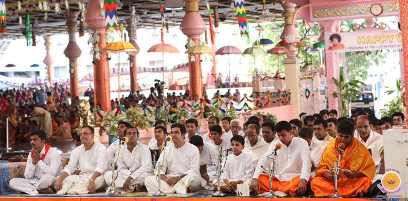 Carnatic Concert by Dr Ranganatha Sharma…